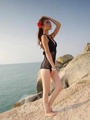 Graceful Top-up Swimwear Sexy Lace Deep-V Halter Monokini