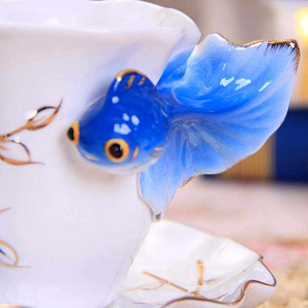 New Arrival Stylish Vivid Golden Fish Coffee Cup