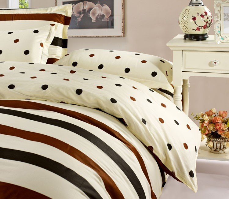 Classic Brown Black Stripe and Dots Beige 4 Piece Bedding Sets