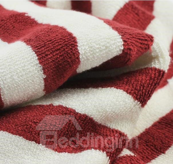 New Arrival Classic Red And White Stripes Patterns Bath