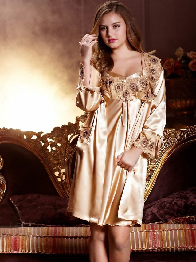 Elegant And Comfortable Sleepwear Of Newest Unique Design for Lady