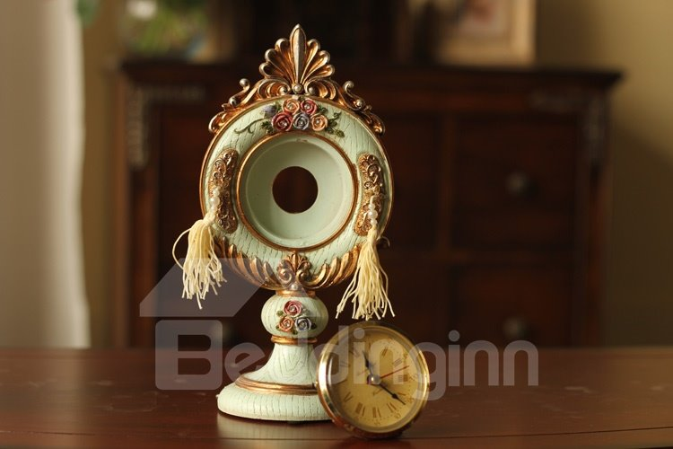 New Arrival Beautiful Antique Emboss Roses Style Decorative Table Clock