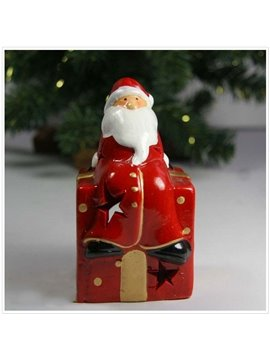New Arrival Sweet Christmas Santa Sitting on Gift Box Candle Holder
