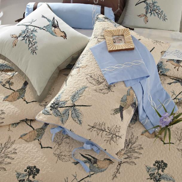 New Arrival Lovely Birds and Flowers Blue Color 3-Piece Bed in a Bag Sets
