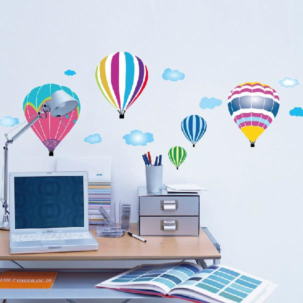 Lovely Cartoon Hot-air Balloons Pattern Removable Wall Stickers