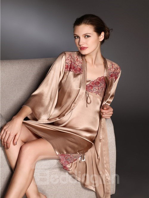High Quality Embroidery Sexy Skincare Pure Silk Sleepwear