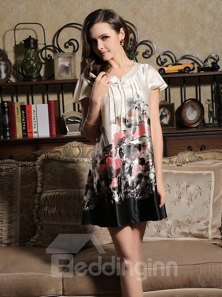 High Quality Skincare and Elegant Ink Print Sleepwear