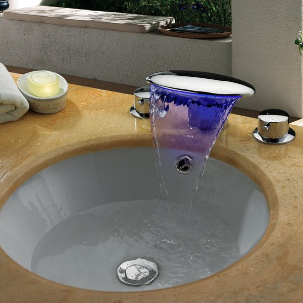 Top Selling High Quality LED Color Changing Elliptic Head Bathroom Sink Faucet
