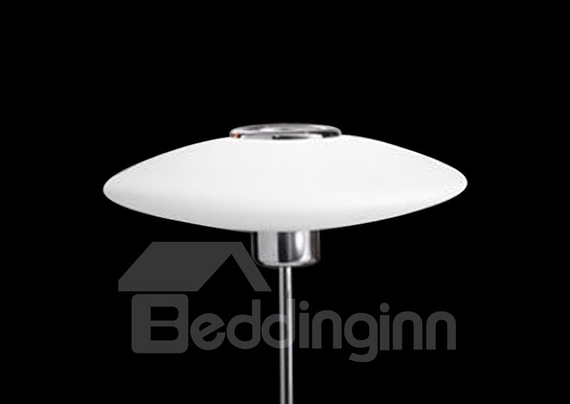 Gorgeous Glass Shade Metal Base 1 Light Lamp