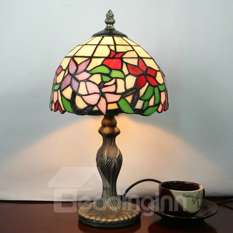 Tiffany Style Floral Pattern Stained Glass Table Lamp