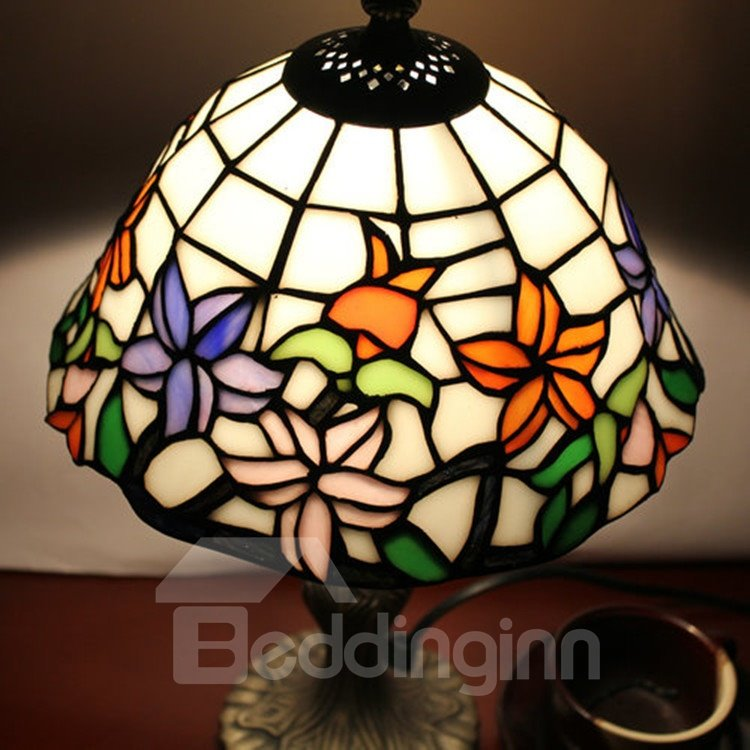 ... Amazing 8 Inch Tiffany Style Floral Pattern Stained Glass Table Lamp ...