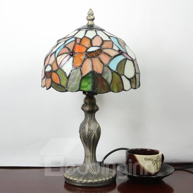 8-inch Tiffany Floral Pattern Stained Glass Table Lamp