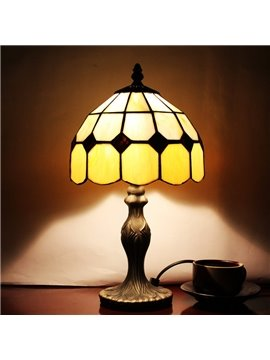Gorgeous Tiffany Style Pattern Resin Stained Glass Table Lamp