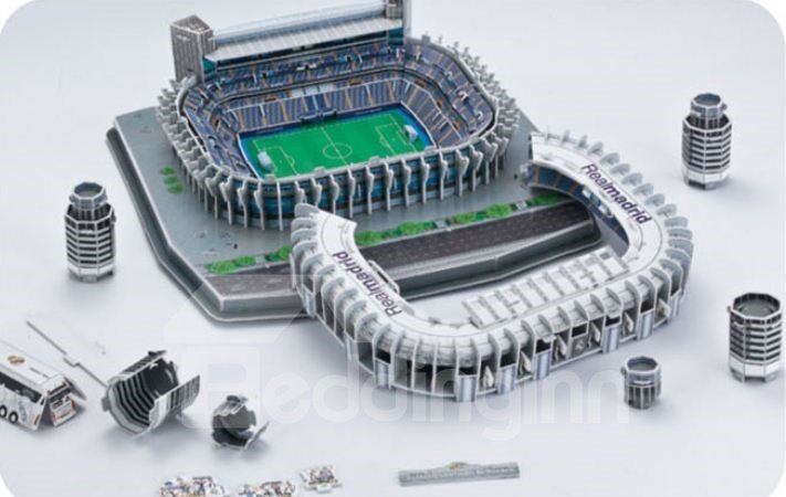 New Arrival Lifelike Real Madrid Bernabeu Soccer Stadium Model