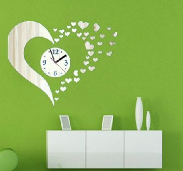 Stunning Beautiful Heart-shaped Mirror Acrylic Wall Clock