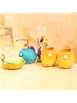 Super Cute Cartoon Fish Pattern Five Pieces Bathroom Accessories