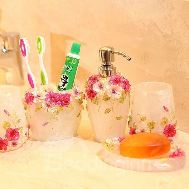 Romantic Rose Pattern Resin Five Pieces Bathroom Accessories