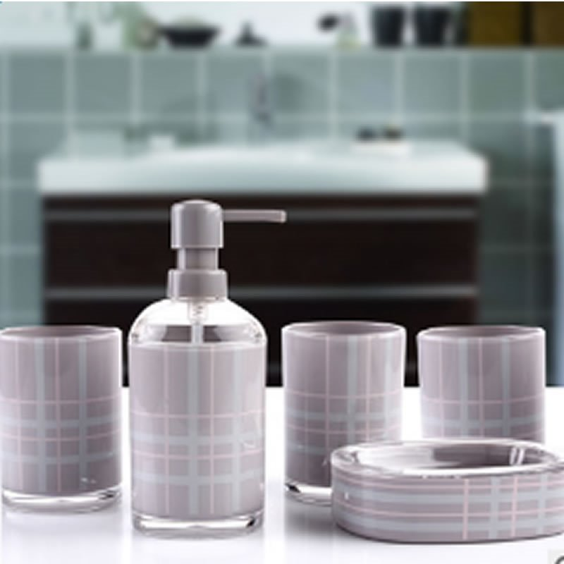 High Grade Fantastic Organic Glass Five Pieces Bathroom Accessories