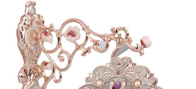 European Style Amazing Creative Gemstone Design Resinn Wall Clock