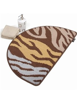 Modern Style Amazing Patterns Semi-circle Suede Mat