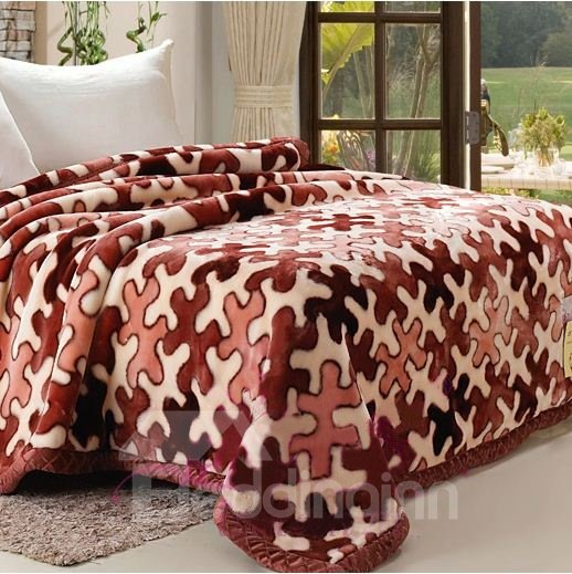 Quality Gorgeous Mysterious Geometric Figure Pattern Raschel Blanket