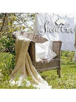 Gorgeous Elegant Beige Country Style Blanket