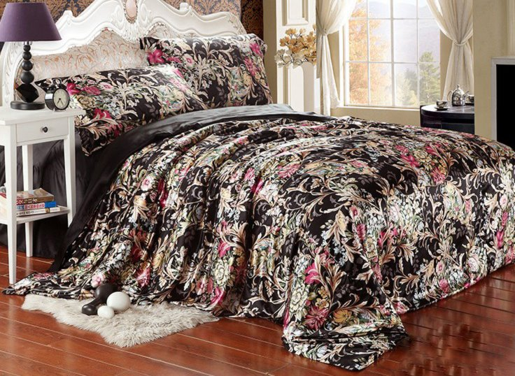 Bedding Sets Style Beautiful Flower Blooming Print Black Bedding