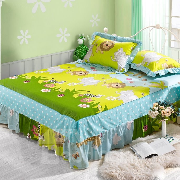 Lovely Lion and Elephant in Zoo Pattern Bed Skirt