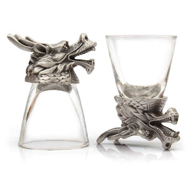 High Quality 2-Pieces Pretty Dragon Head Wine Glasses