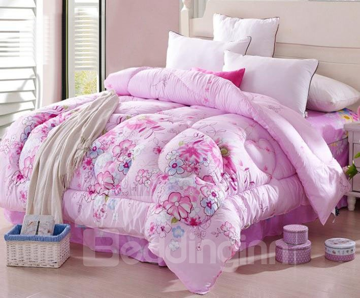 Super Soft and Comfortable Beautiful Flowers Pink Thicken Quilt