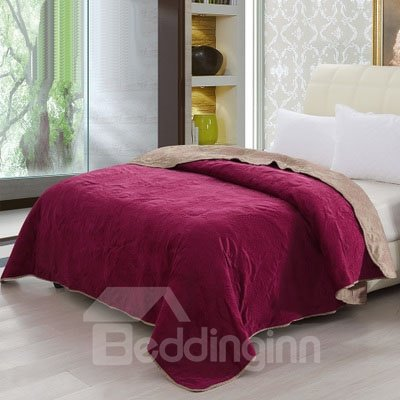 Solid Wine Red Color Short Plush Comfortable Quilt