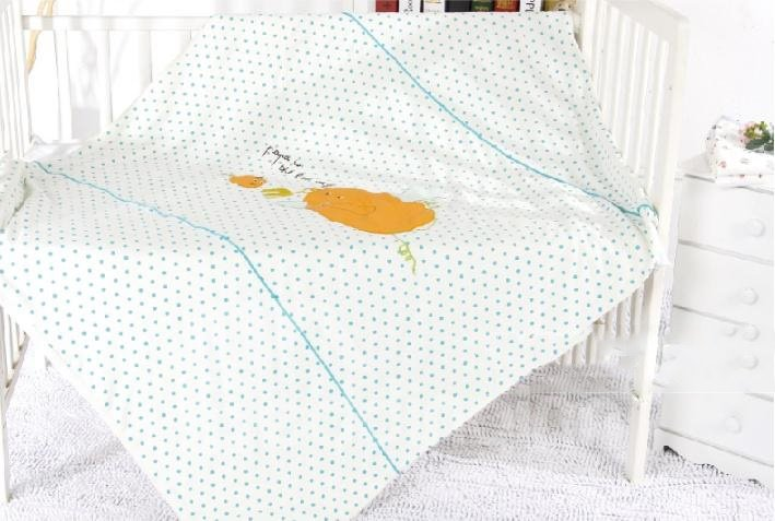 Super Cozy Beautiful Pumpkin Design Baby Quilt