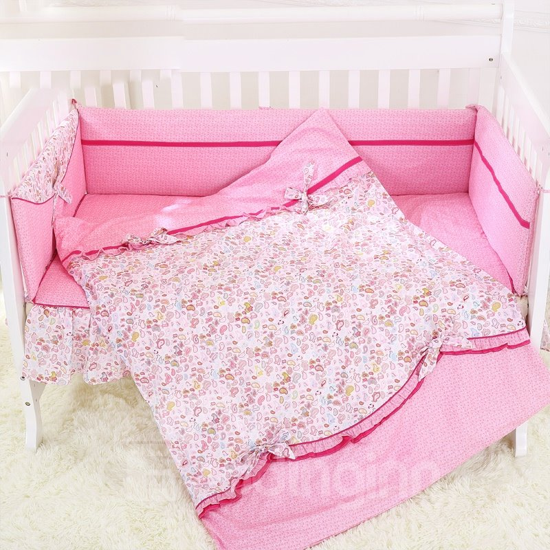 Gorgeous Pink Petal and Bow Knot Pattern Baby Quilt