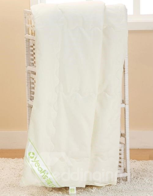 Super Soft White Concise Bamboo Fiber Baby Quilt