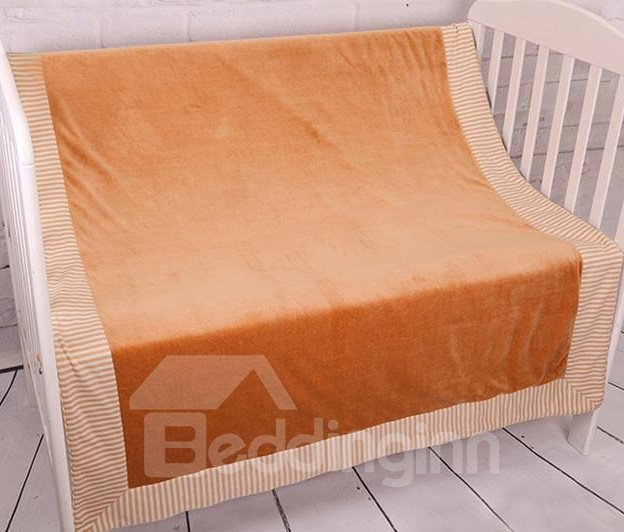 Solid Color White Stripes Border Pattern Velvet Material Baby Quilt
