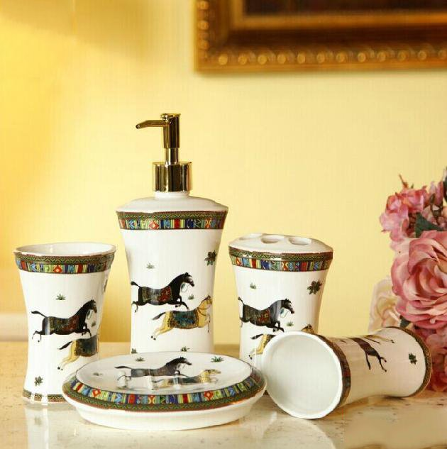 Fancy Creative Horse Printing 5-piece Bathroom Accessory