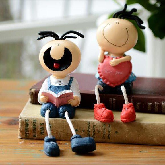 Popular Fantastic Resin Sanmao-Loving Books Suspending Doll