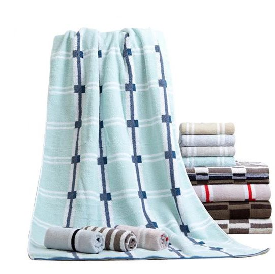 Fancy Fluffy Soft Stripe Pattern Bath Towel