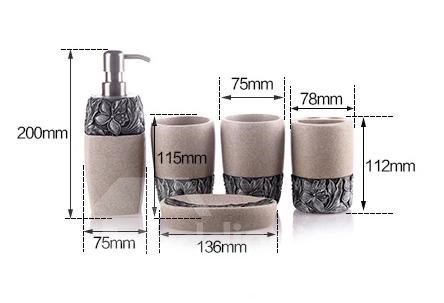 Pretty Resin Floral Pattern European Style 5-piece Bathroom Accessories