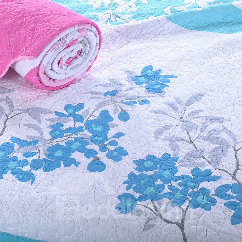 Fresh Sky Blue Floral Pattern White Background Color Bed in a Bag