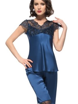 Beautiful Lace Along Bust and Back Short Sleeves Silk Pajamas
