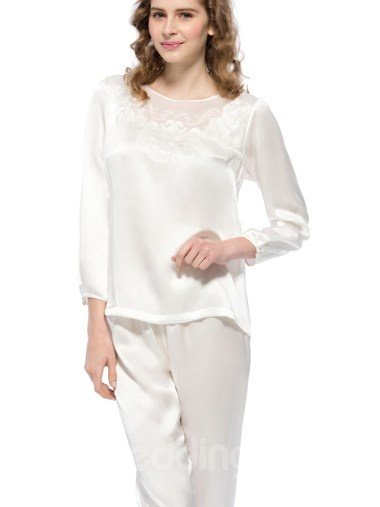 Graceful Floral Patterns Embroidery Mulberry Silk Pajamas