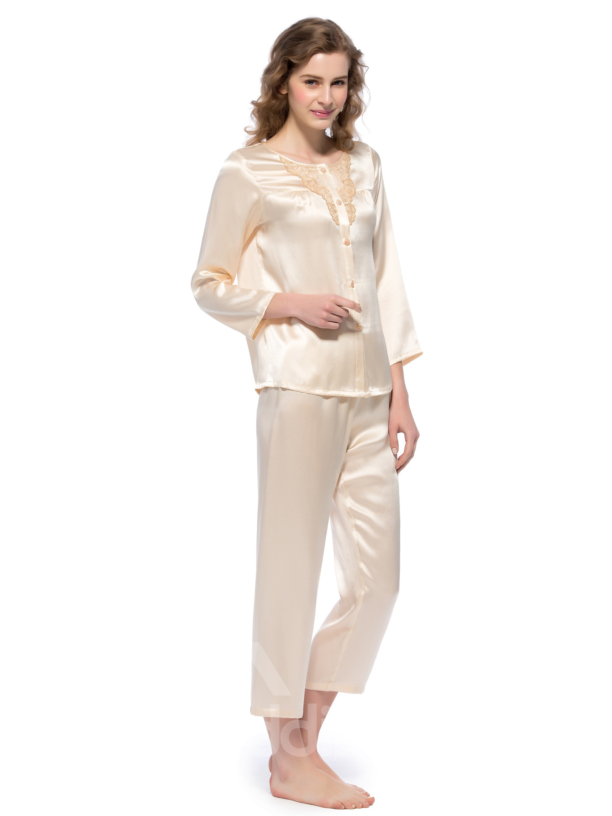 New Classic Embroidery Beige Mulberry Silk Pajamas