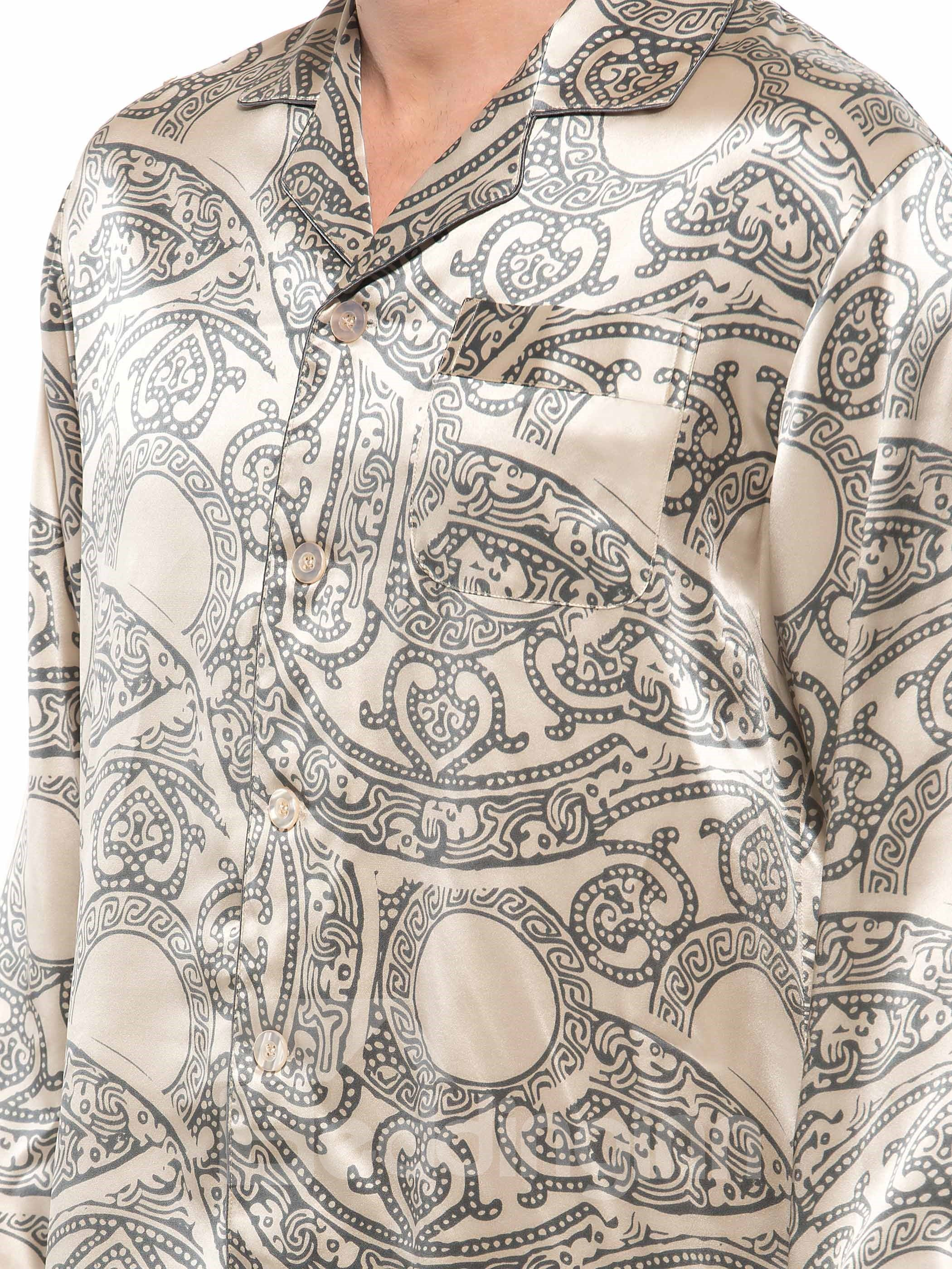 High Quality Paisley Flower Print Open Collar One Pocket Silk Pajamas