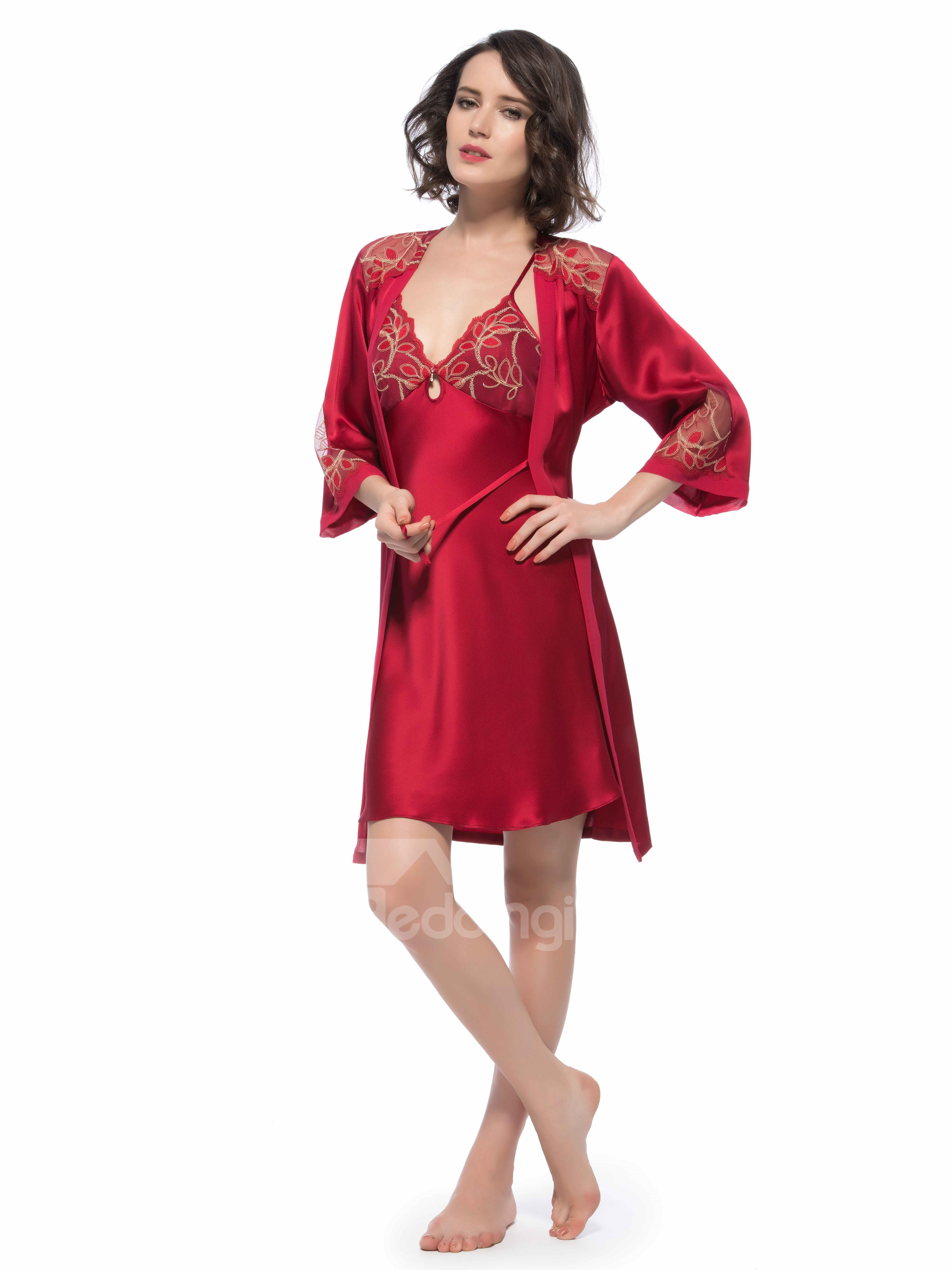 Top Selling Pretty Embroidery Flower Bust Robe Set