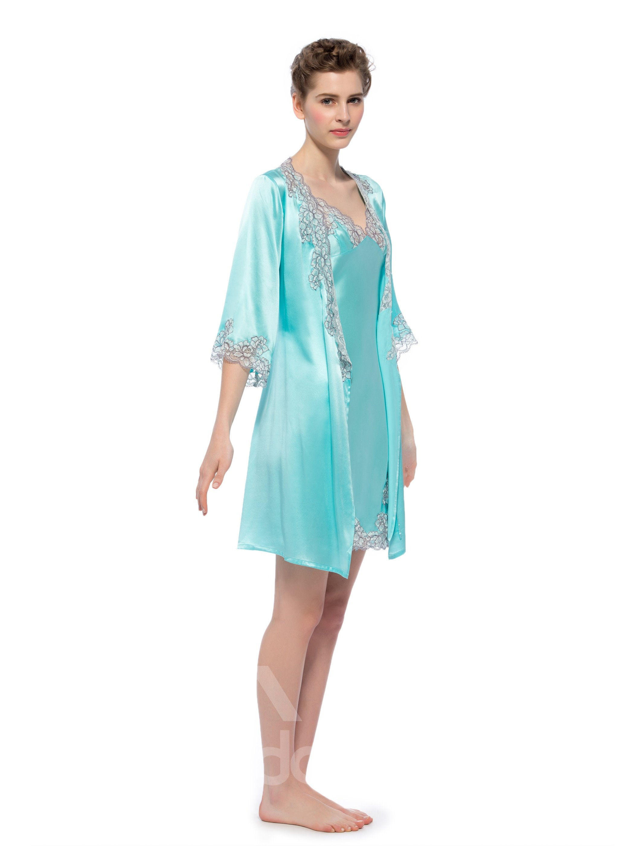 Wonderful Embroidery Lace Edge Side Silk Robe Set