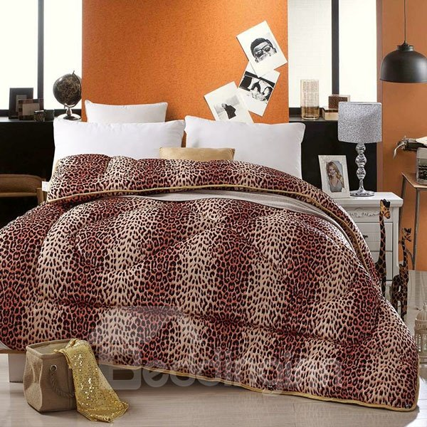 Leopard Pattern Ultra Soft and Comfortable Thick Quilt