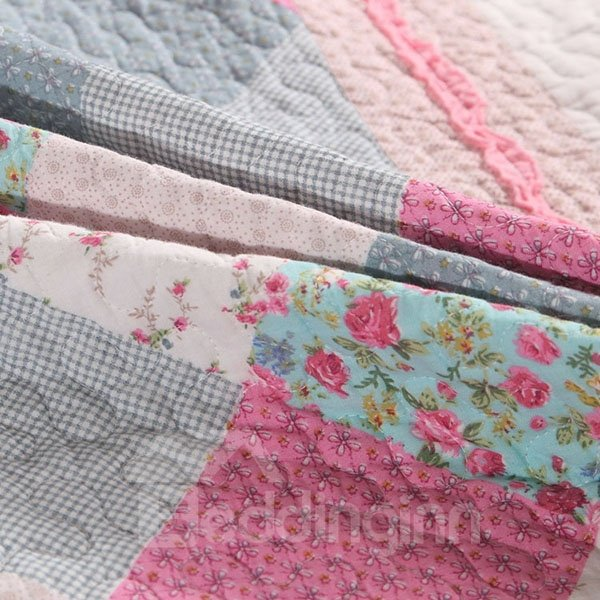 Concise Style Red and Gray Squares Embroidery 3-Piece Bed in a Bag Set