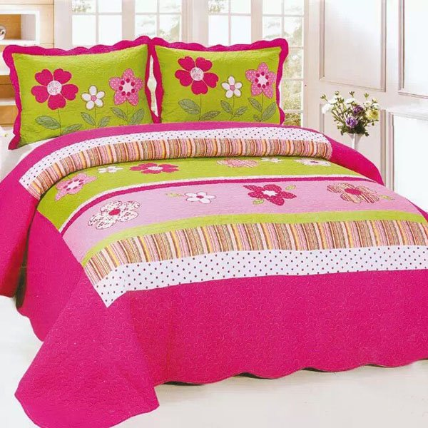 Beautiful Pink and White Five Petal Pattern 3-Piece Cotton Bed in a Bag