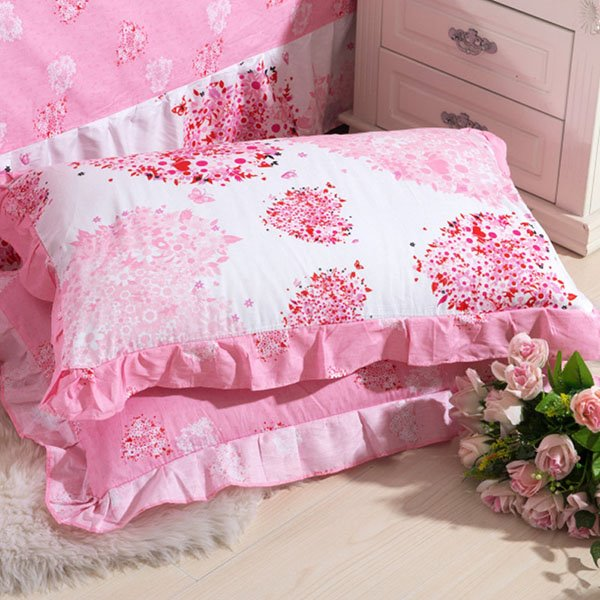 Creative Design with Heart Shape Flowers on One Pair Cotton Pillowcases